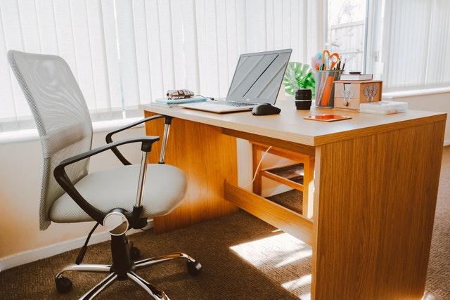De voordelen van een ergonomische bureaustoel